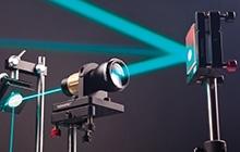激光器和激光器附件